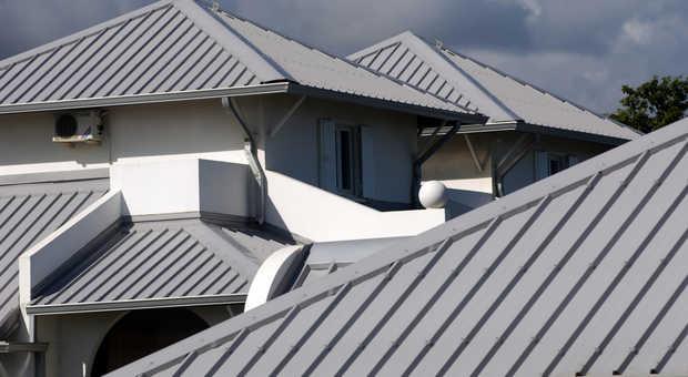 Extrem Blechdach: Materialien, Ausführungen, Aufbau und Preise im Check BZ37